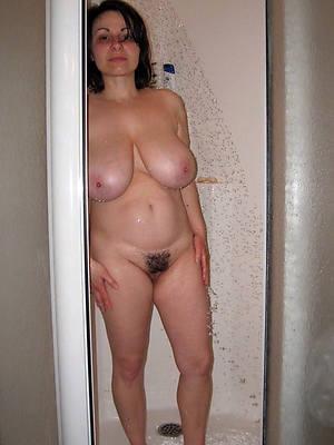 pornstar amateur mature column in the shower