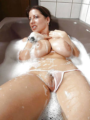 xxx hot natural mature pictures
