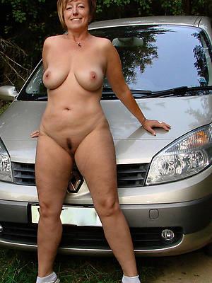 outdoor matures slut pictures