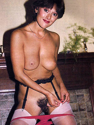 hotties vintage full-grown nude women pics