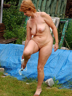 porn pics of sexy mature redhead wife