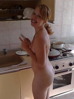 hot mature house wife slut pictures