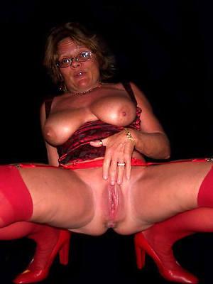 naught mature superannuated pussy pics