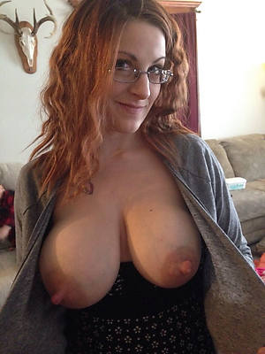 amateur unvarnished mature puffy nipples stripped