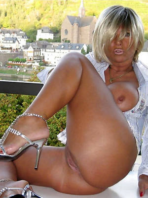best mature woman in heels porn pic download