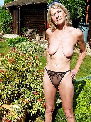 xxx mature woman in panties porn photos