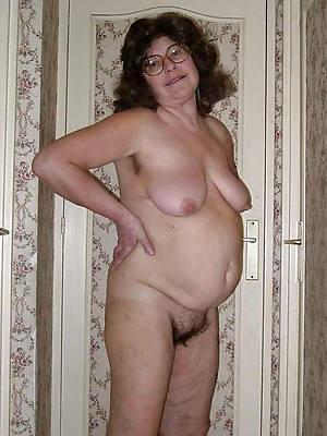 mature women over 60 porn galleries