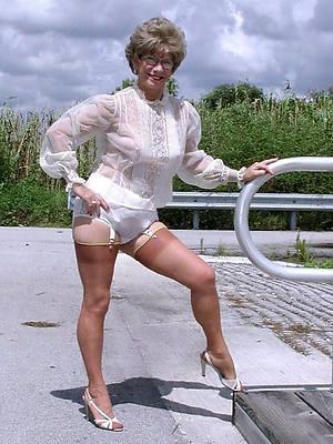 xxx granny mature women porn pictures
