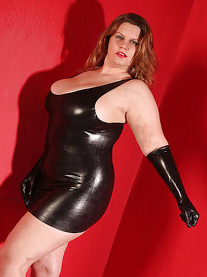 sexy mature women in latex naked porn pics