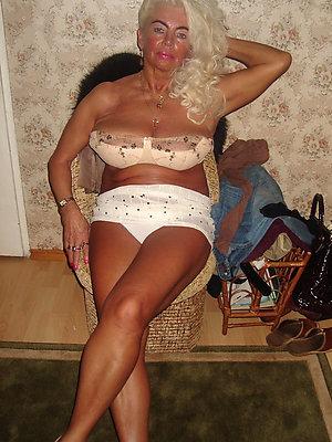 hotties grown-up women lingerie
