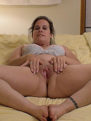 beautiful mature amateur masturbation