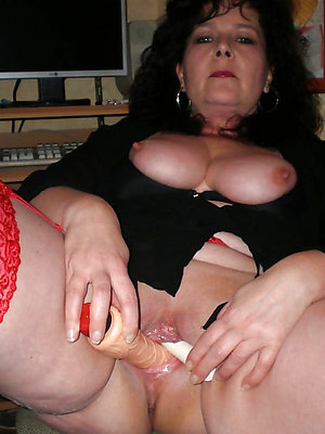 nasty of age mom masturbating xxx