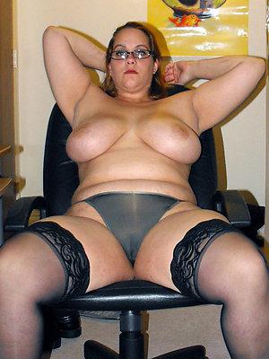bonny mature matriarch sex pics
