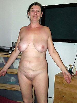 beautiful mature moms pussy