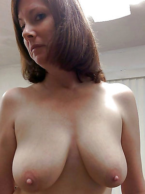 beauties full-grown long nipples pics