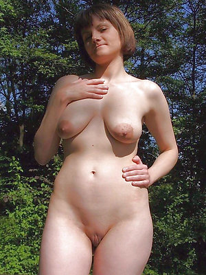 hotties mature with big nipples
