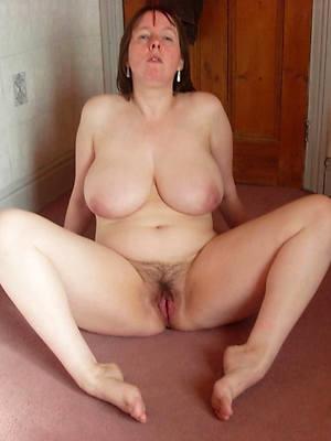 mature women legs porn pics