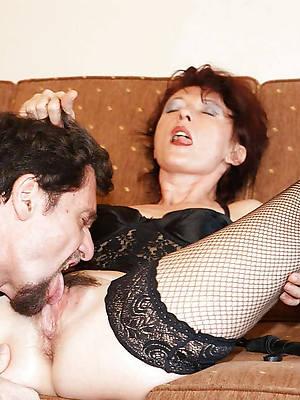 pornstar tyro eating mature pussy pics