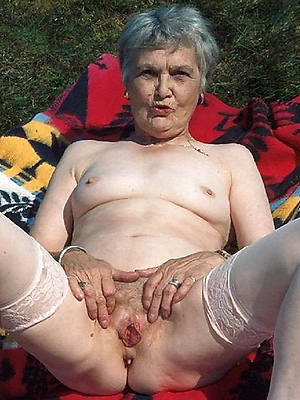 mature grandmas naked porn pics