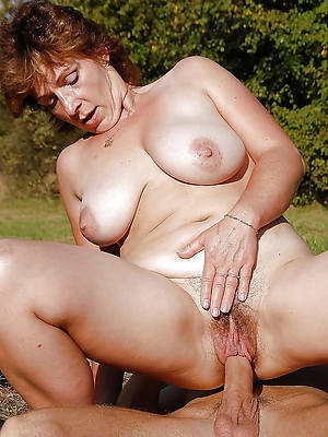 mature women having sex pictures