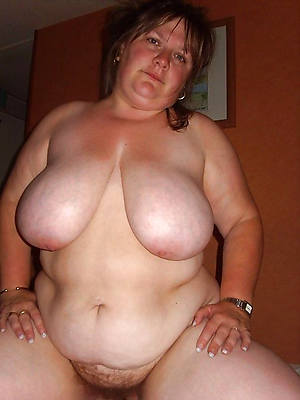 amateur bbw mature wife stripped