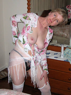 beautiful naked mature women hot porn pics