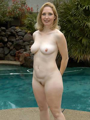 beautiful mature women photos