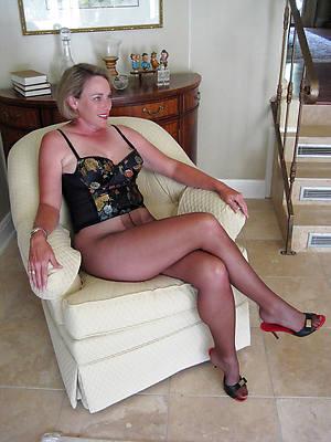 mature nylon sluts pictures