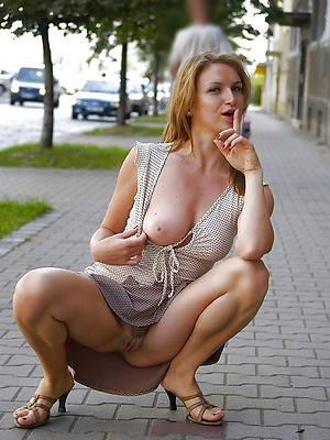 Bohemian porn pics of sara mature upskirts