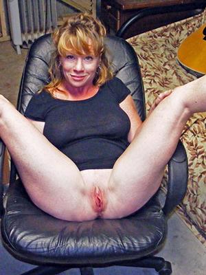 beauty mature wife boobs hot pics