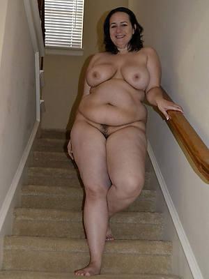 mature thick women having sex