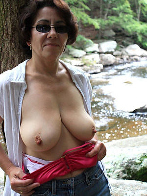 hot naked magnificent mature woman