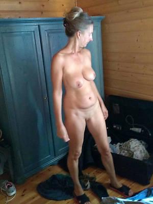 reality old mature women porn photos
