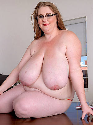 thick mature bore old pussy
