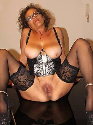 hot naked grandmas beuty pussy