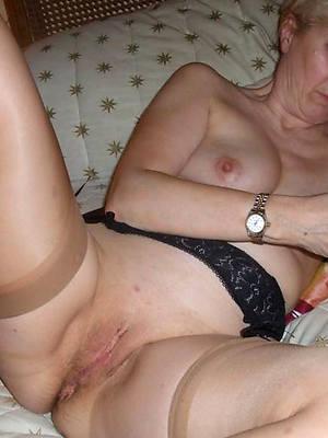 sweet nude mature grandma porn