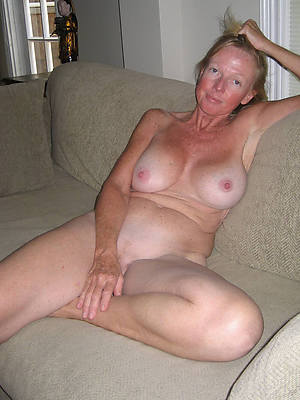 60 matures old pussy pics