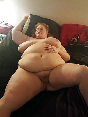 busty thick matured pics
