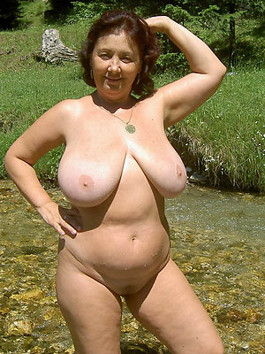 adverse old lady undress pictures