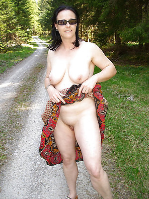 hotties mature wife unserviceable pics