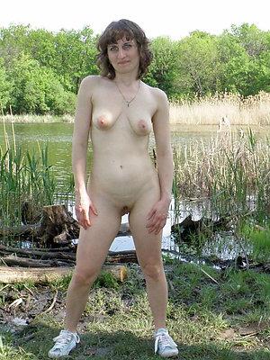 sexy hot women posing nude