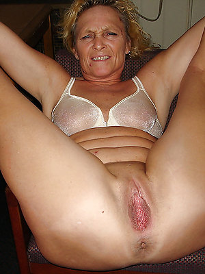 beautiful mature pussy galleries