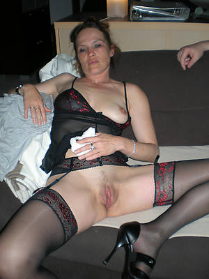 naked pics be proper of mature wife boobs