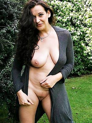 beautiful mature night porno pics