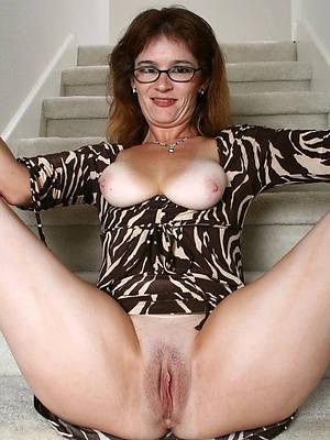 curvy hot mature tits porn pics