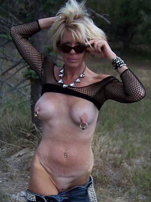 sexy naked long mature nipples pics