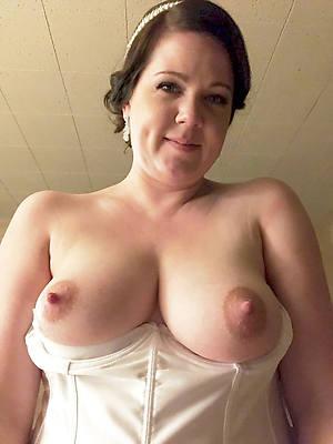 sweet nude large mature nipples pics