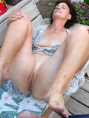 dear nude mature tumbledown tease pic