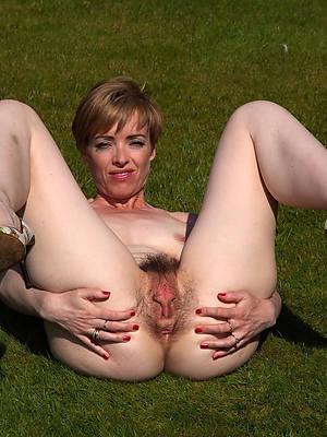 grown-up legs having sex