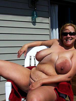 curvy mature saggy tit porn